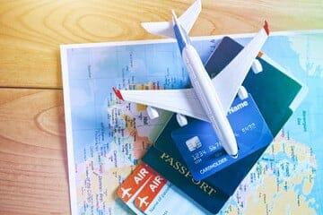 أفضل 10 مواقع حجز تذاكر طيران 2021