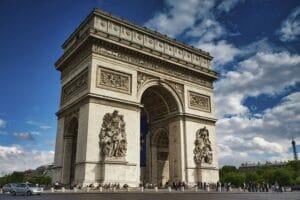 السياحة في باريس -برج ايفل -قوس النصر ، باريس Arc De Triomphe